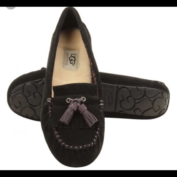 21312dd1ad2 UGG W LIZZY MOCCASINS SLIPPERS SIZE 7 Black new